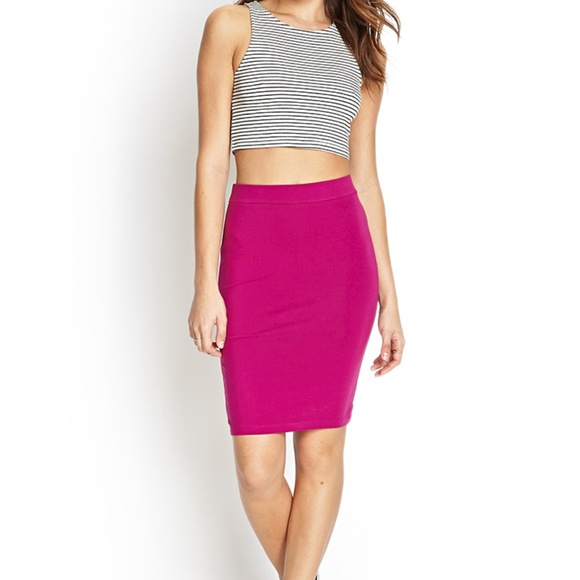 d0f5e2fee4 Forever 21 Dresses & Skirts - Forever 21 Pink Stretchy Pencil Skirt
